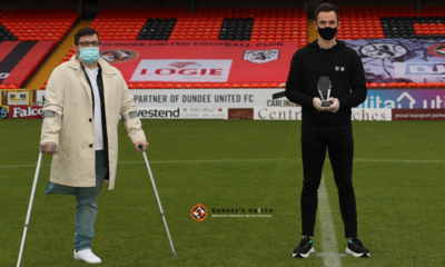 SHANKLAND RECEIVES HIS TROPHY FROM TOMMY MCKAY ON BEHALF OF DUSF
