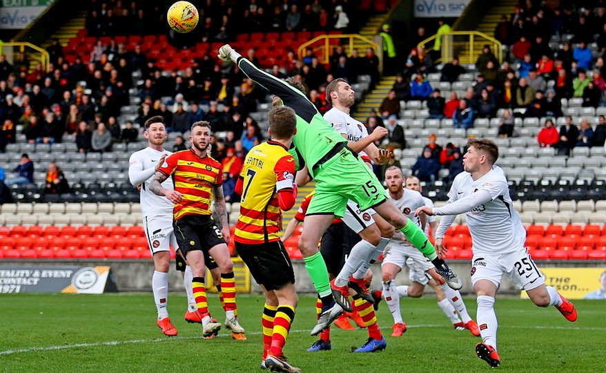 United put Partick under the cosh in search of the winner