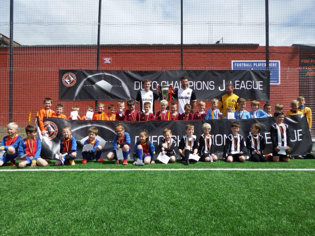j league group picture